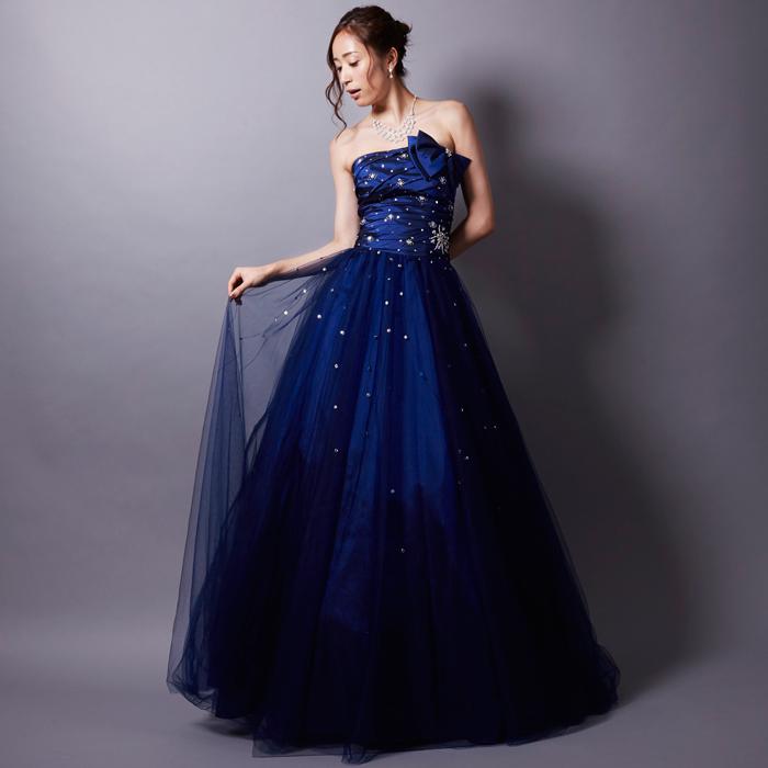 00aa6dec6087f ... 澄み渡った夜空の様なデザインのネイビーウェディングカラードレス ...