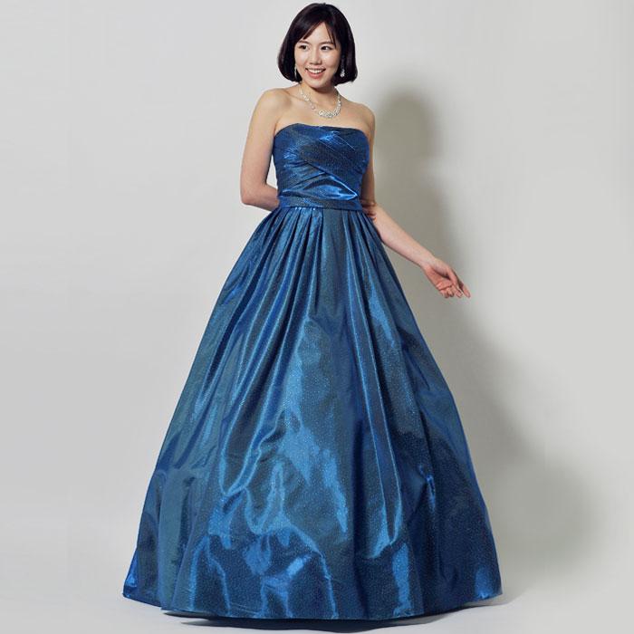 ロイヤルブルーの大人の深みを感じさせる演奏会向けロングドレス