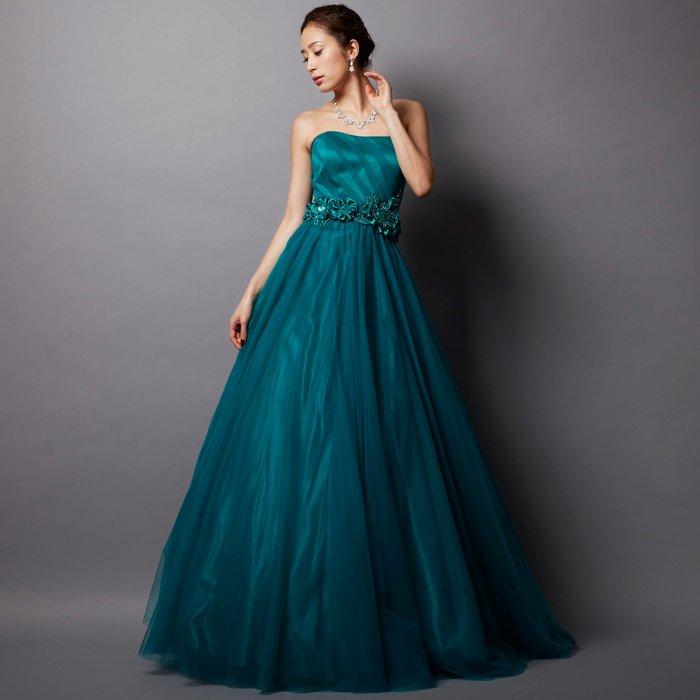 ミステリアスなエメラルドグリーンで上質なチュールカラードレス