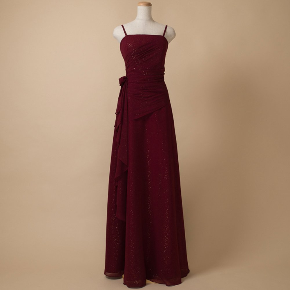 シフォンゴールドの柔らかくも輝かしい伴奏にオススメのスレンダーAラインドレス