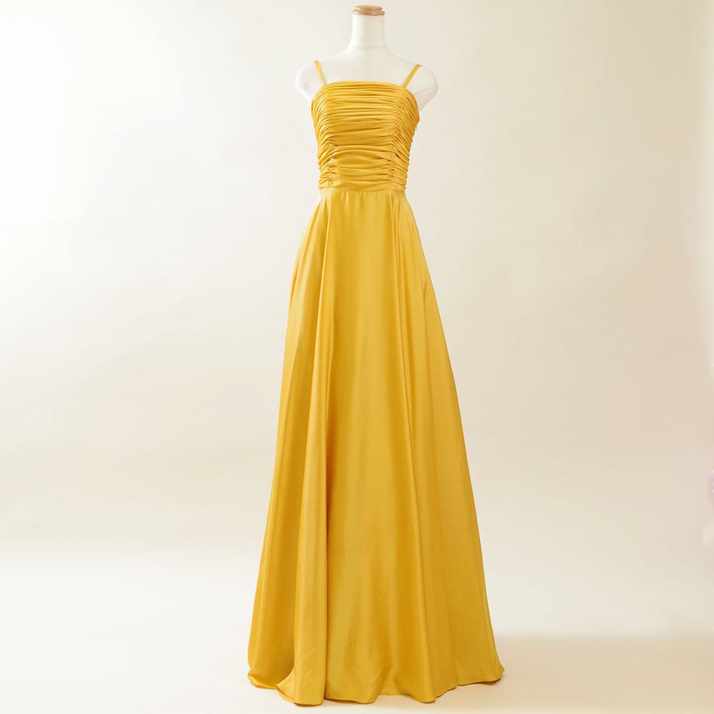 輝きを放つ存在感抜群のイエローゴールドロングドレス