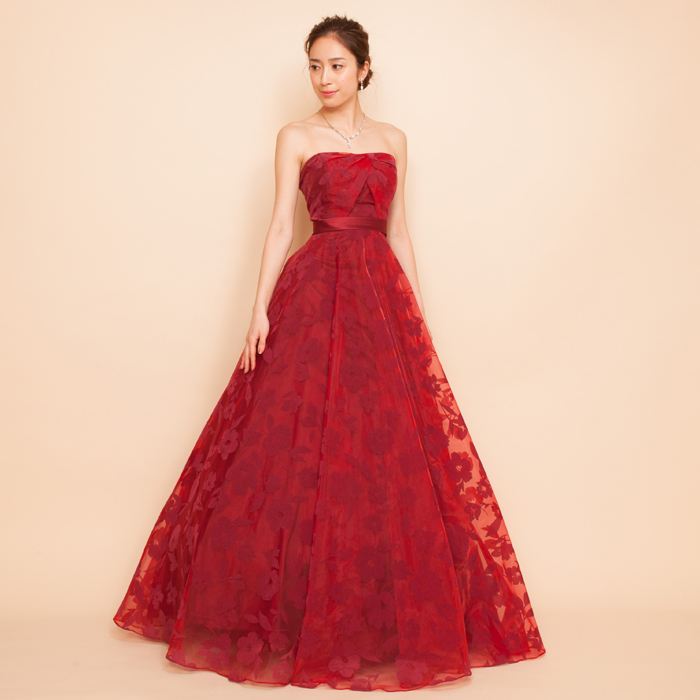 情熱的なワインレッドに落ち着いたフロッキープリントドレス